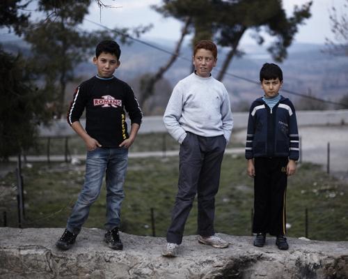 Syrian children, refugees in Guveççi, a border village.