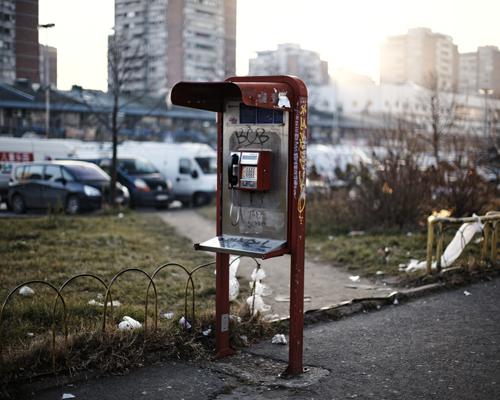 """Blok 70, rue Yuri Gagarin.  """"La Serbie à soif d'investissement, tu peux investir en Serbie et vivre confortablement, la seule chose qui a besoin de changer est l'état d'esprit de certains, et quand ca arrivera, on ira de l'avant."""""""