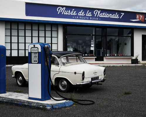 """Gas station turned into """"Nationale 7 museum"""", Mormant-sur-Vernisson."""